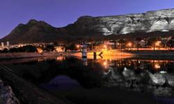 Table_mountain_from_reservoir_at_night