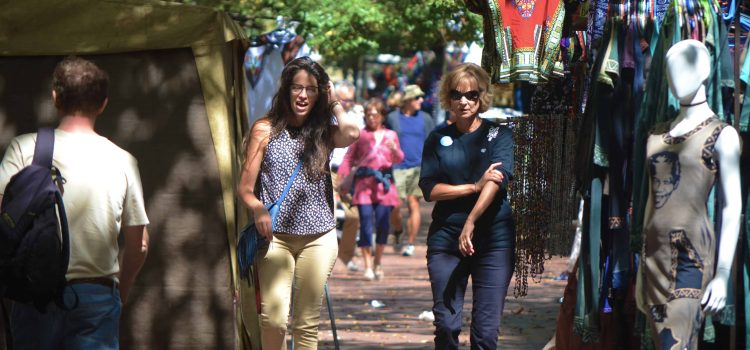 Discover Cape Town by taking the City Walk