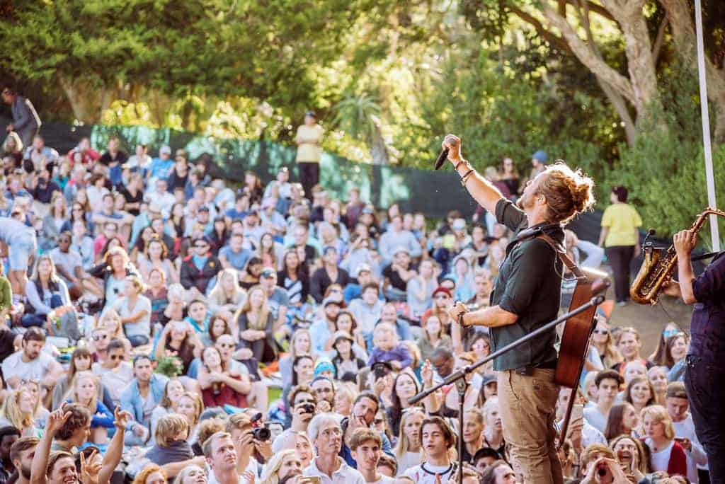 Jeremy Loops performing at Kirstenbosch