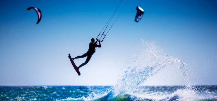 Kitesurfing and kiteboarding in Cape Town