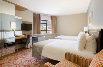 Tips for staying safe when staying at a hotel